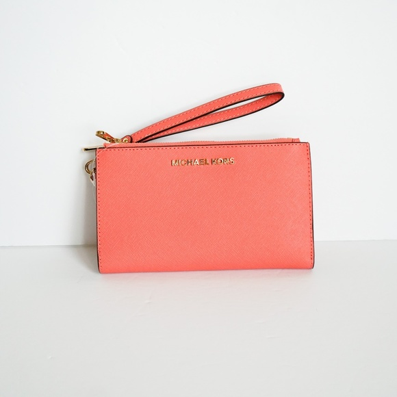 Michael Kors Handbags - Michael Kors Double Zip Wristlet Pink Grape Fruit